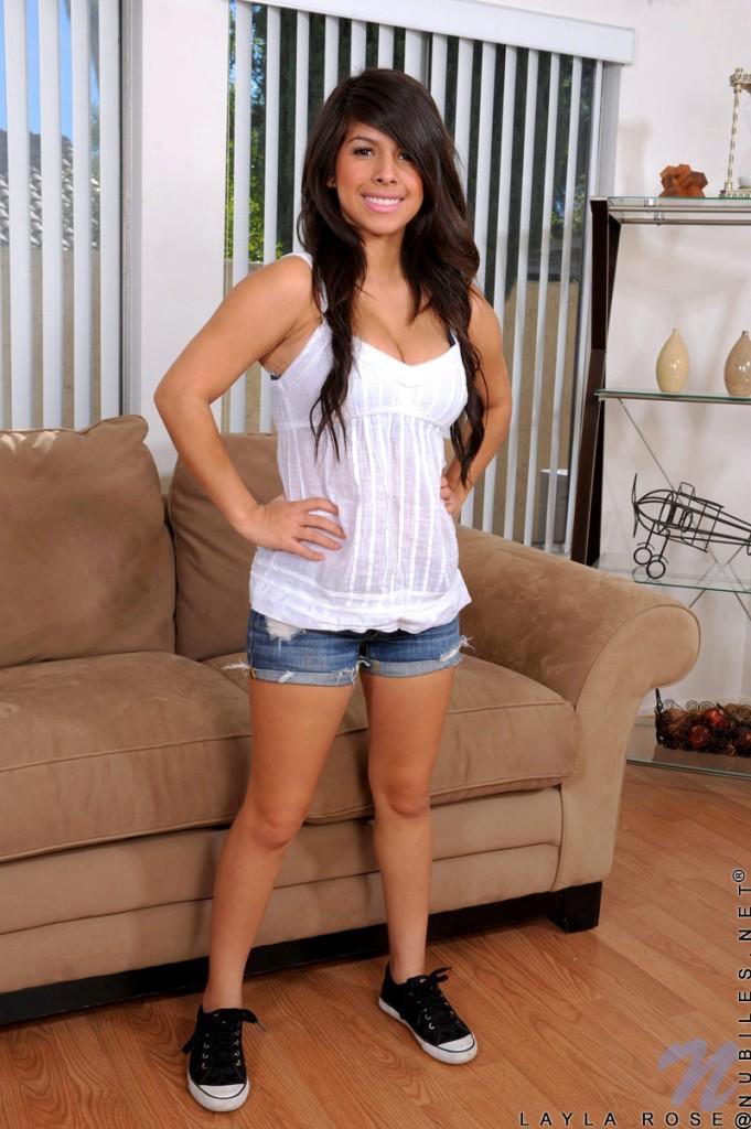layla rose hot busty teen